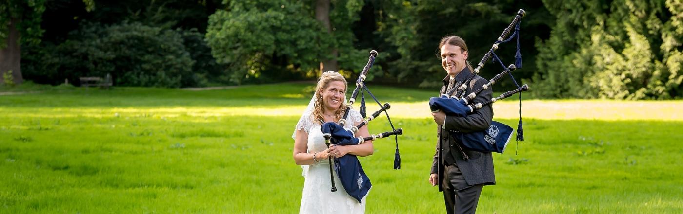 Eine romantische Hochzeit mit Dudelsack
