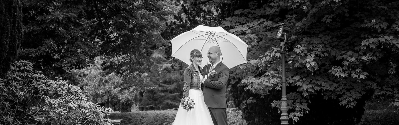 Natascha & Mirco – Hochzeitsshooting im Regen